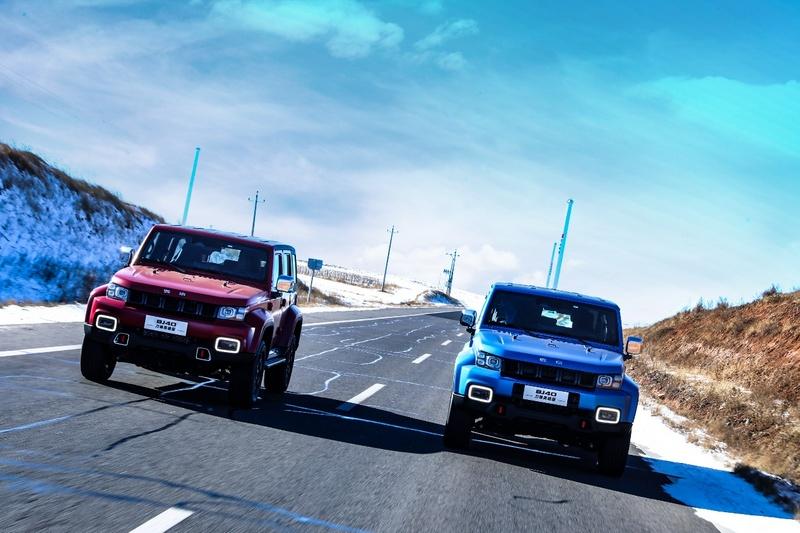 北京BJ40刀锋英雄版1月15日预售 两种外观颜色