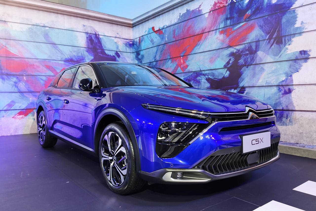 东风雪铁龙全新车型发布定名凡尔