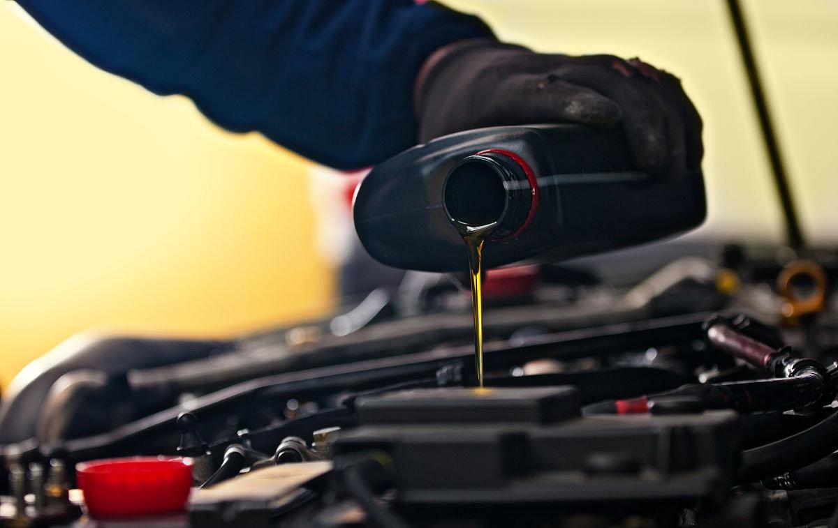 汽车变速箱油如何更换最好?一次给你讲清楚,伪理论太多别被忽悠