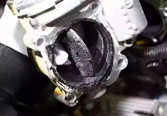 质用车:汽车哪些部位容易积碳?该如何清理
