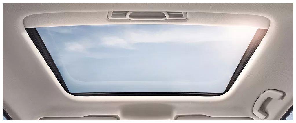汽车天窗也需要保养,不要等到漏水了追悔莫及